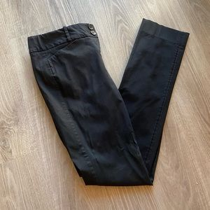 The Limited Ideal Stretch Black 6